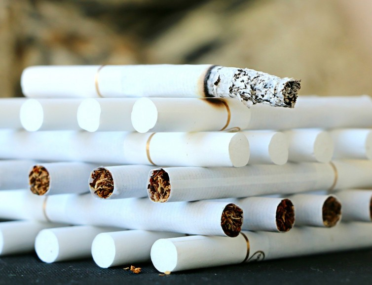 Palenie szkodzi zdrowiu zębów