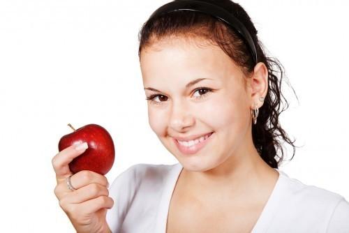 Jak powinniśmy dbać zęby?