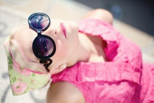 Jak dbać o zęby podczas letnich wojaży?