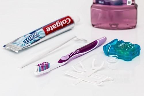 Pielęgnacja i leczenie zębów – dawniej i dzisiaj